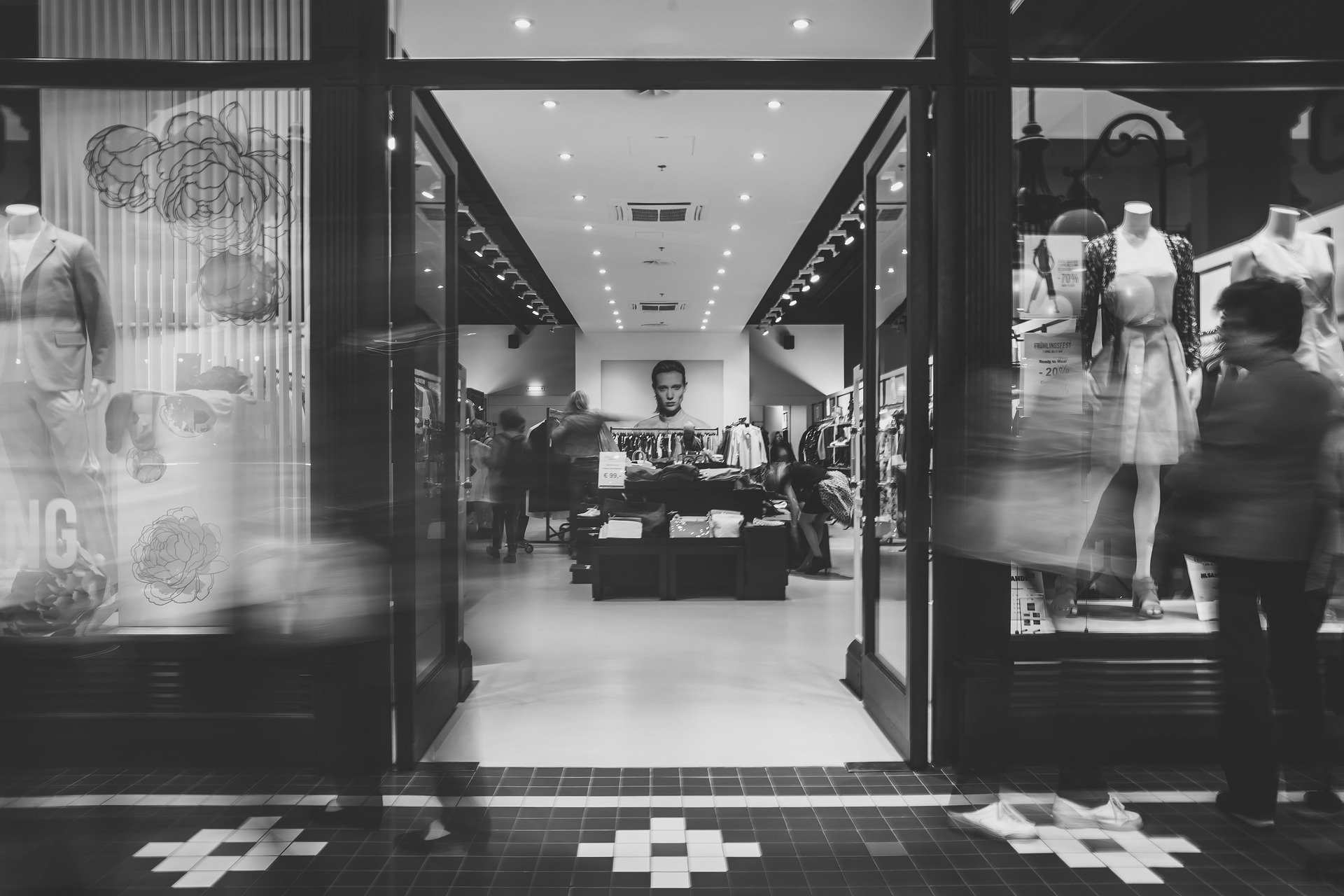 Après plusieurs confinements et des achats en ligne en hausse, quel est l'état des lieux de l'ecommerce en 2021 ?